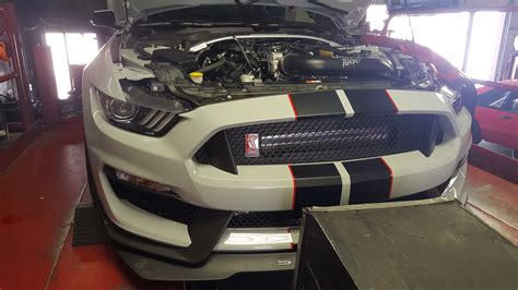 First Twin-Turbo Ford Mustang Shelby GT350R Is an 800 HP
