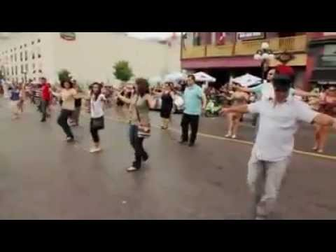 Dancing Zorbas in street - - YouTube